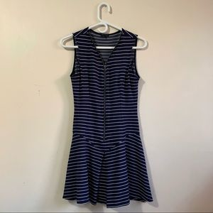 Theory Sayidress Sleeveles Zipper Dress